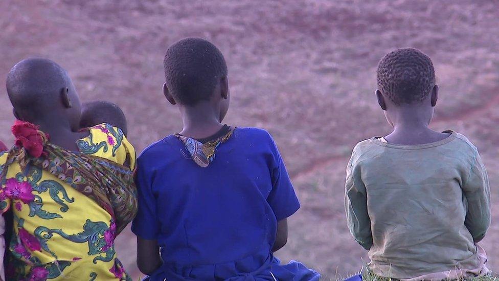 Niñas en Sebei, Uganda