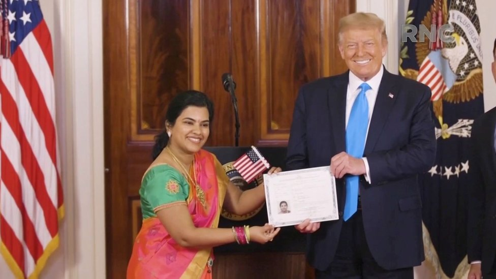 دونالد ترامب يسلم الجنسية الأمريكية إلى سودها سونداري نارايانان