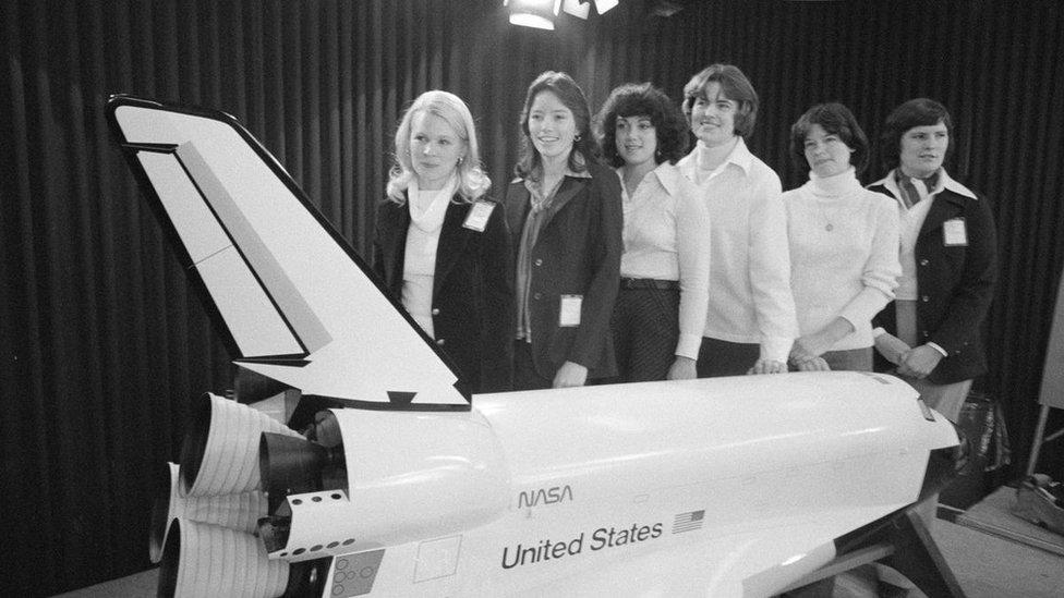 Seis de las primeras astronautas mujeres de la NASA