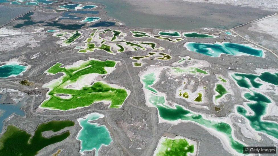 Çinghay, Çin'deki Zümrüt Göl