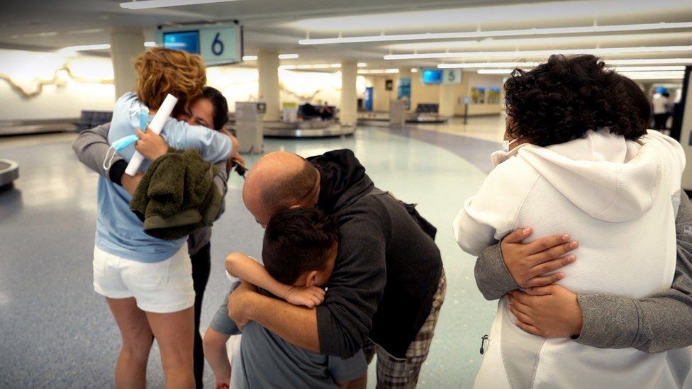 Los Meza se reunieron con sus familiares en Florida.