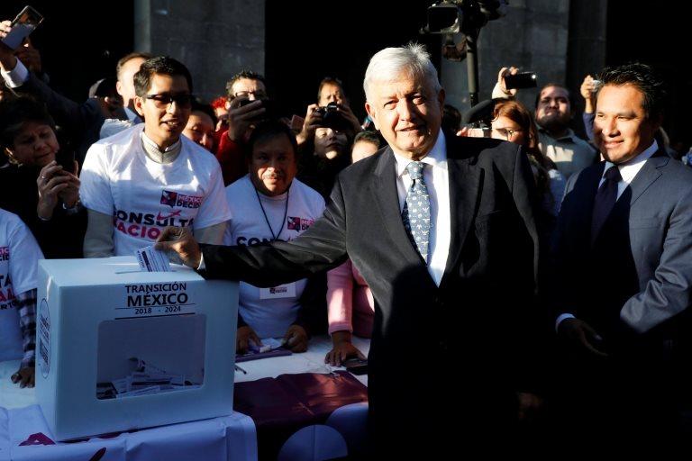 Obrador da referandumda oy kullandı