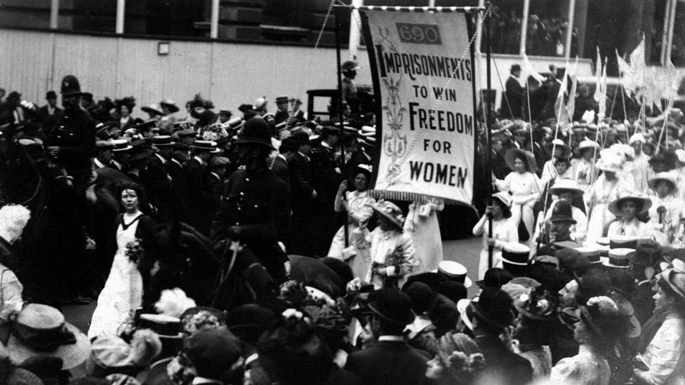 Suffrage procession in 1911