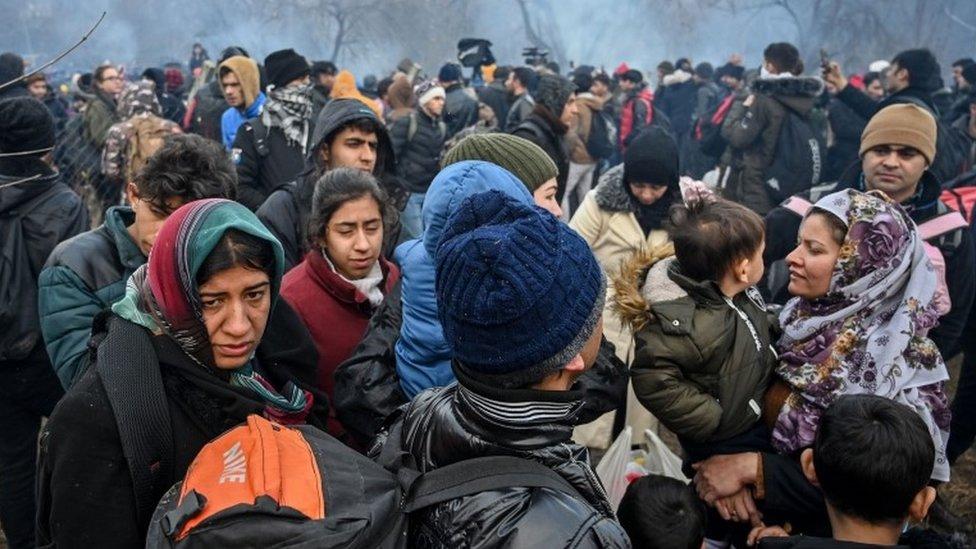Migranti pokušavaju da uđu u Grčku