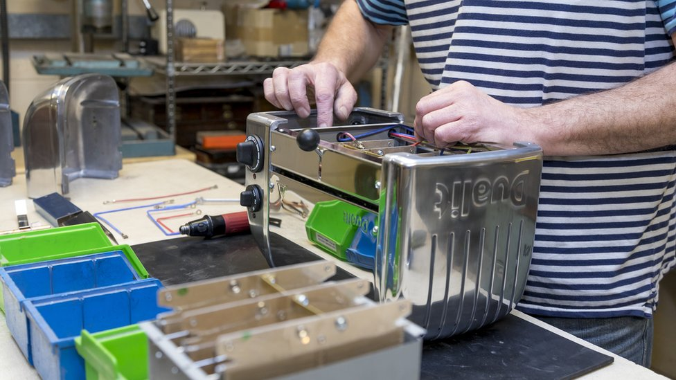 Dualit toaster being assembled