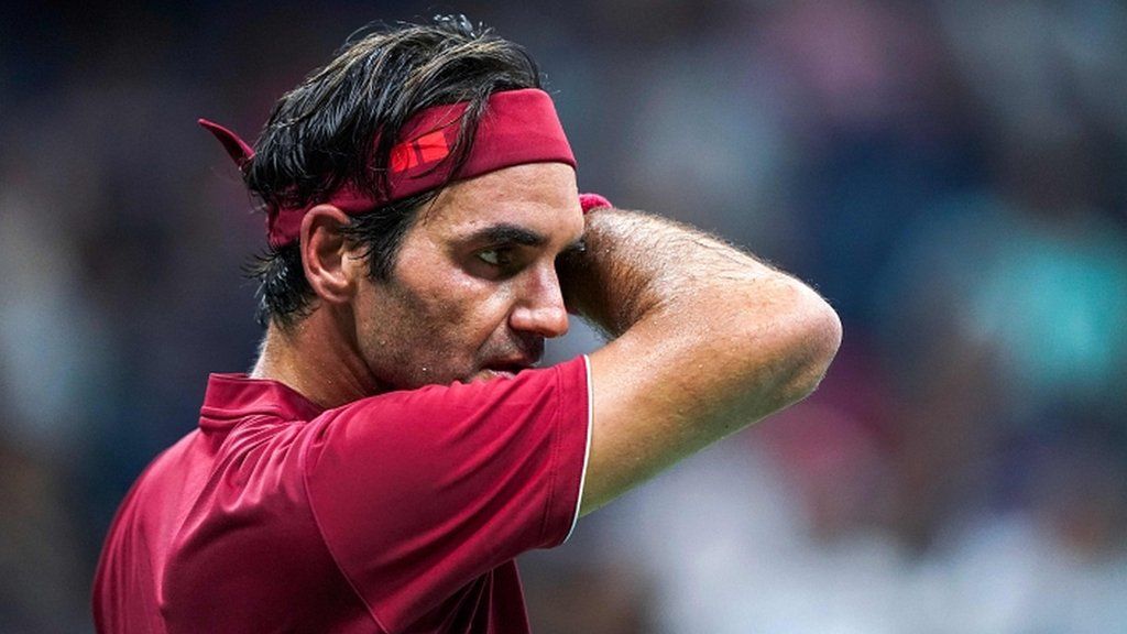 'Federer needs to play more events or consider retirement'