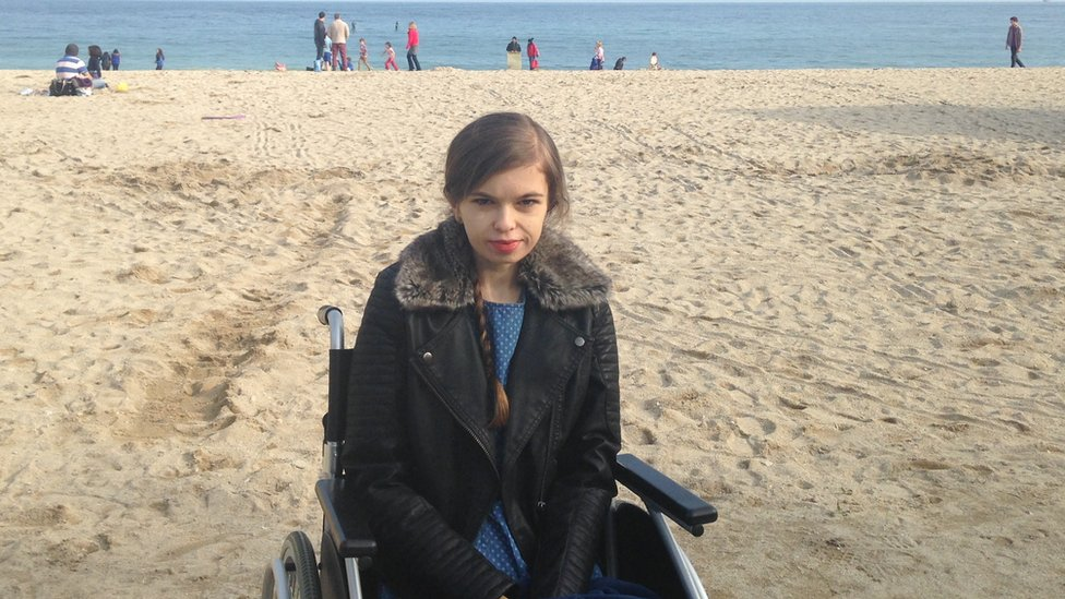Lizzie shown on the beach during her illness