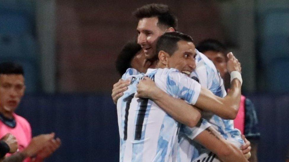 Argentina celebrando