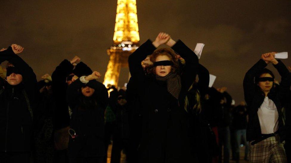 El colectivo #NousToutes en París.