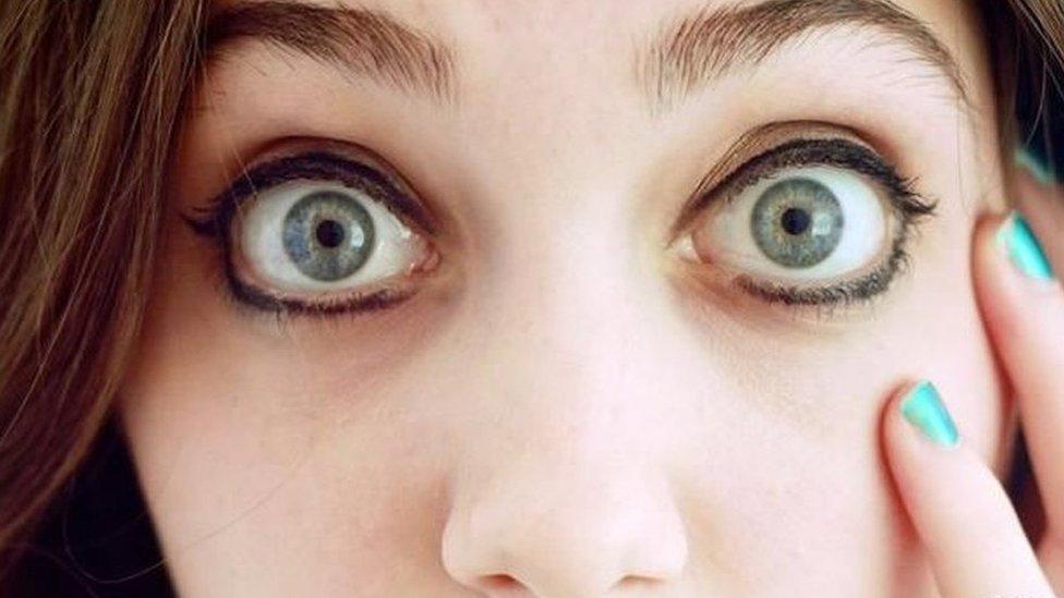 大眼睛似乎顯得很單純 - 但第一印象可能並不準確