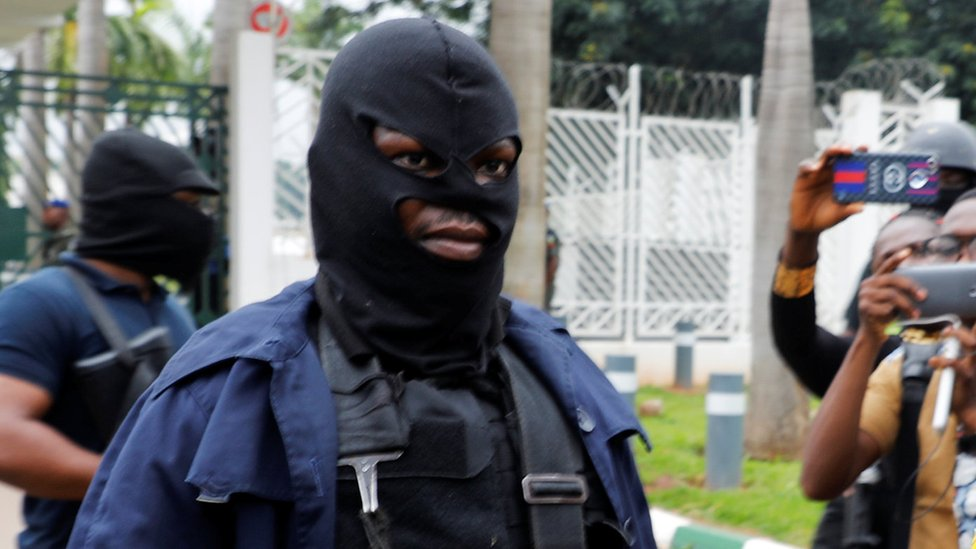 Masked DSS agents at Nigeria's parliament