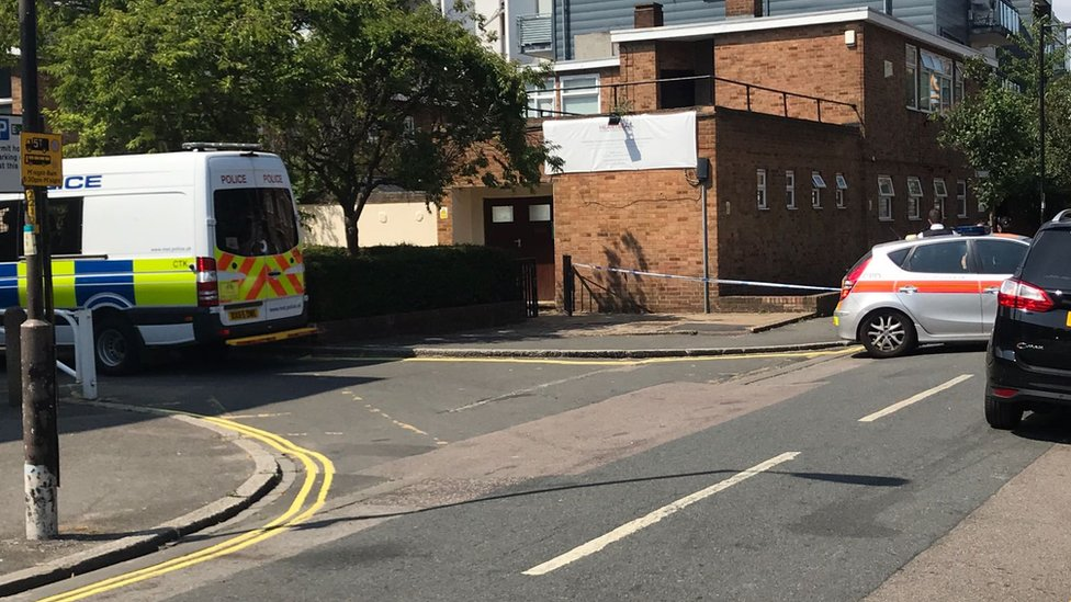 Camberwell stabbing: Man, 21, charged with death of girl, 17