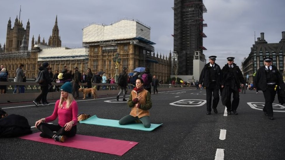 Protesters on Westminster Bridge