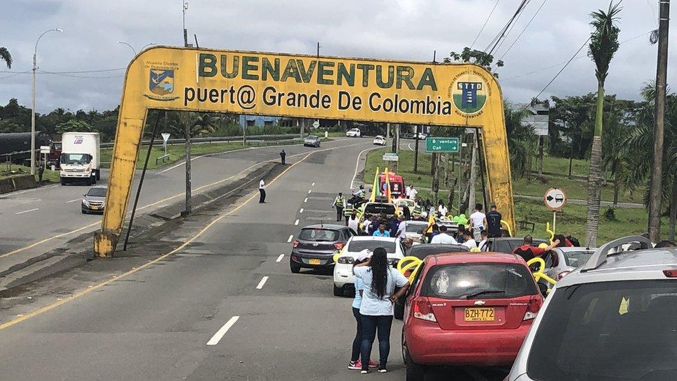 Carretera hacia Buenaventura