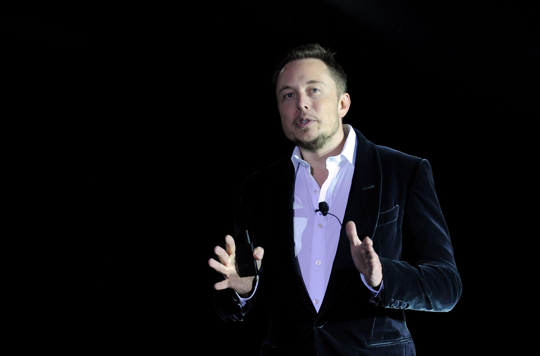 Elon Musk: Kanye West inspires me - BBC