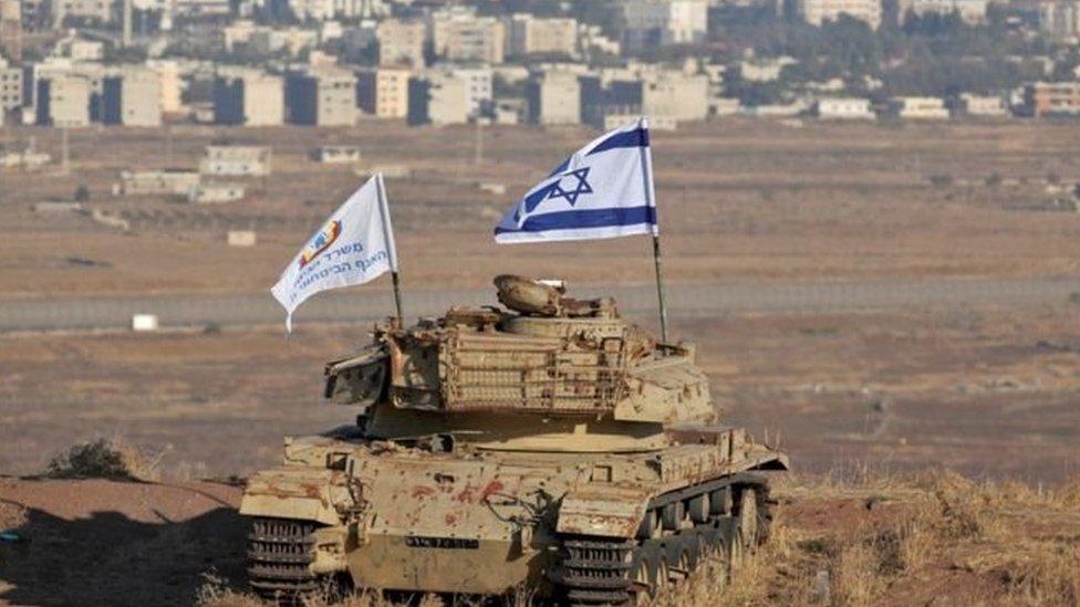 تحتل إسرائيل أجزاء من هضبة الجولان