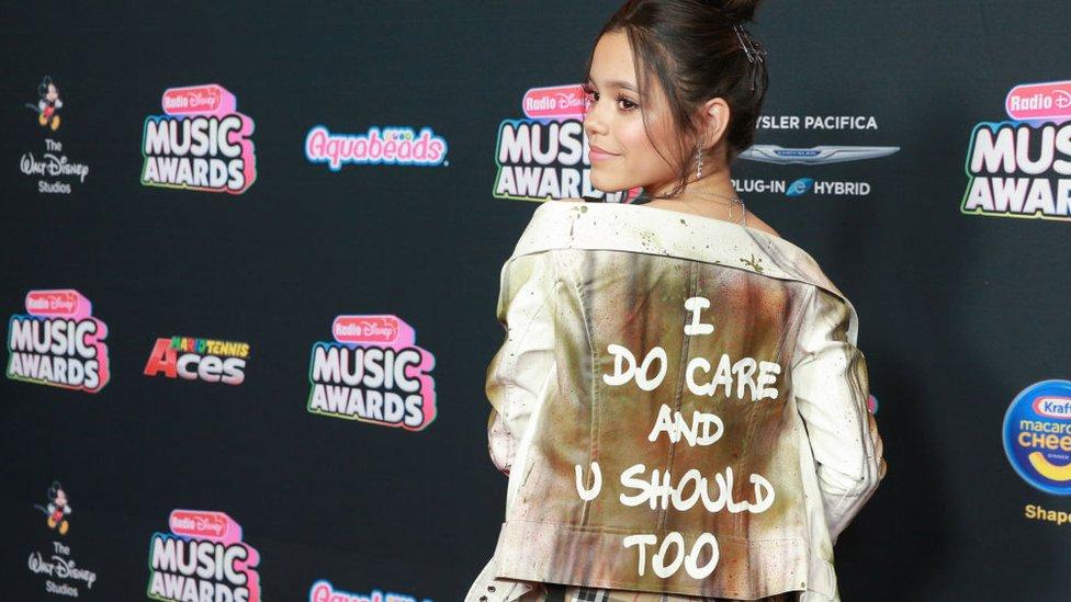 """Stars respond to Melania's 'I don't really care"""" jacket"""