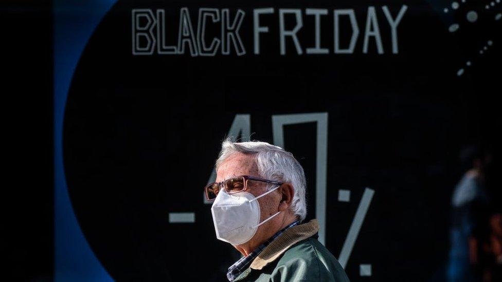 A Black Friday da pandemia: como a covid-19 vai afetar a data de descontos do comércio brasileiro