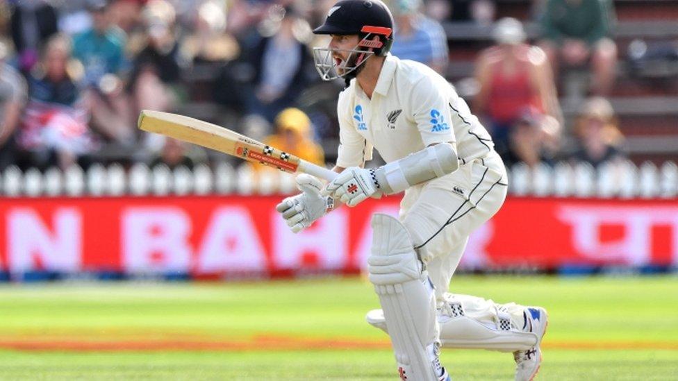 वेलिंगटन टेस्ट में न्यूज़ीलैंड ने ली बढ़त