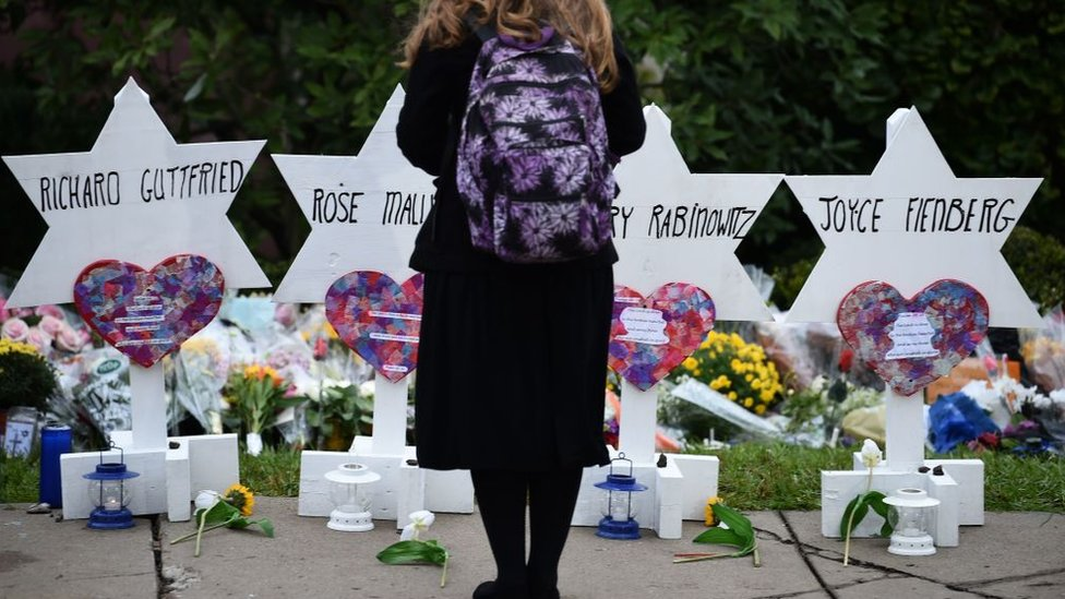 a memorial for the Jews killed in Pittsburgh