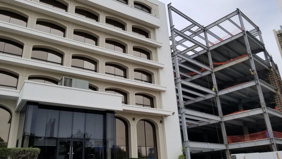Una construcción de un edificio