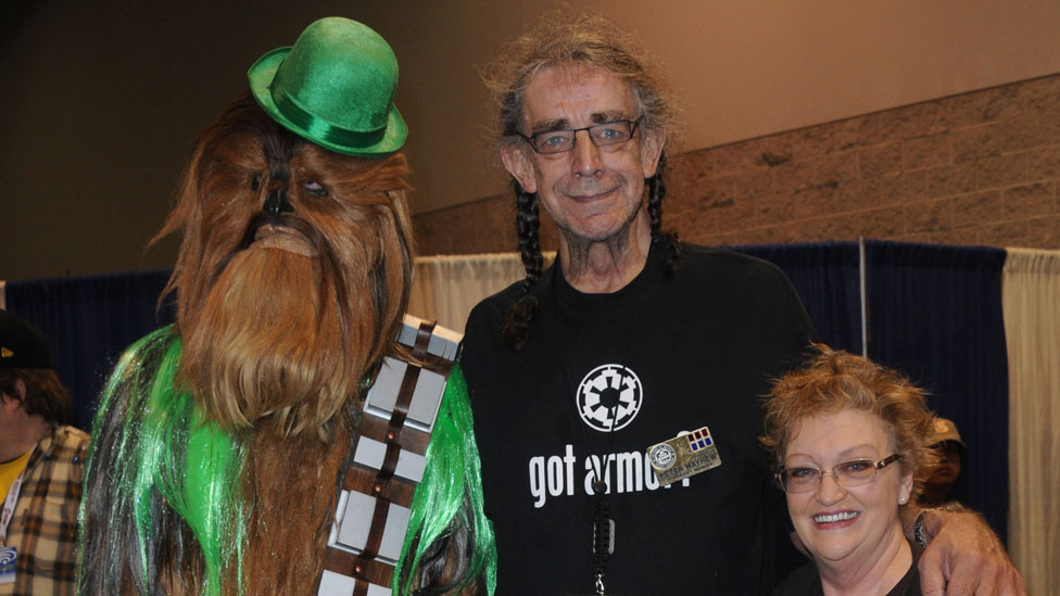 Peter Mayhew and wife Angie Mayhew with Chewbacca