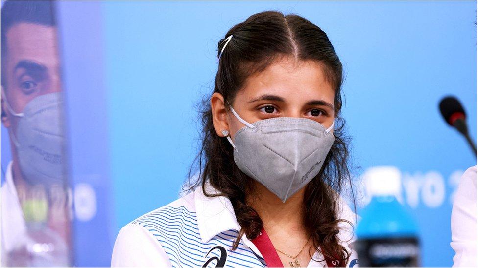 Alia Issa Mülteci Paralimpik Takımı'nın altı üyesinden biri.