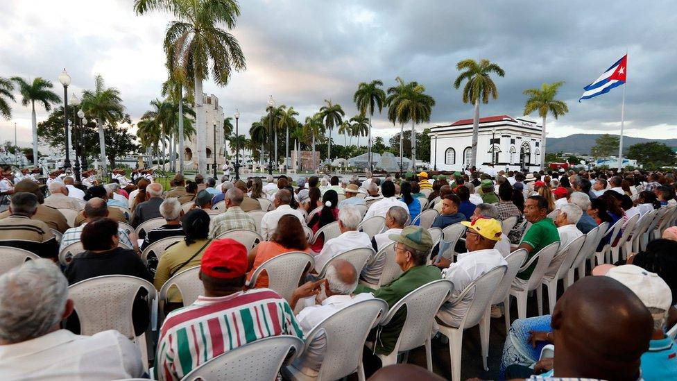 Vista de la ceremonia llevada a cabo en el cementerio de Santa Ifigenia, en la ciudad de Santiago de Cuba.