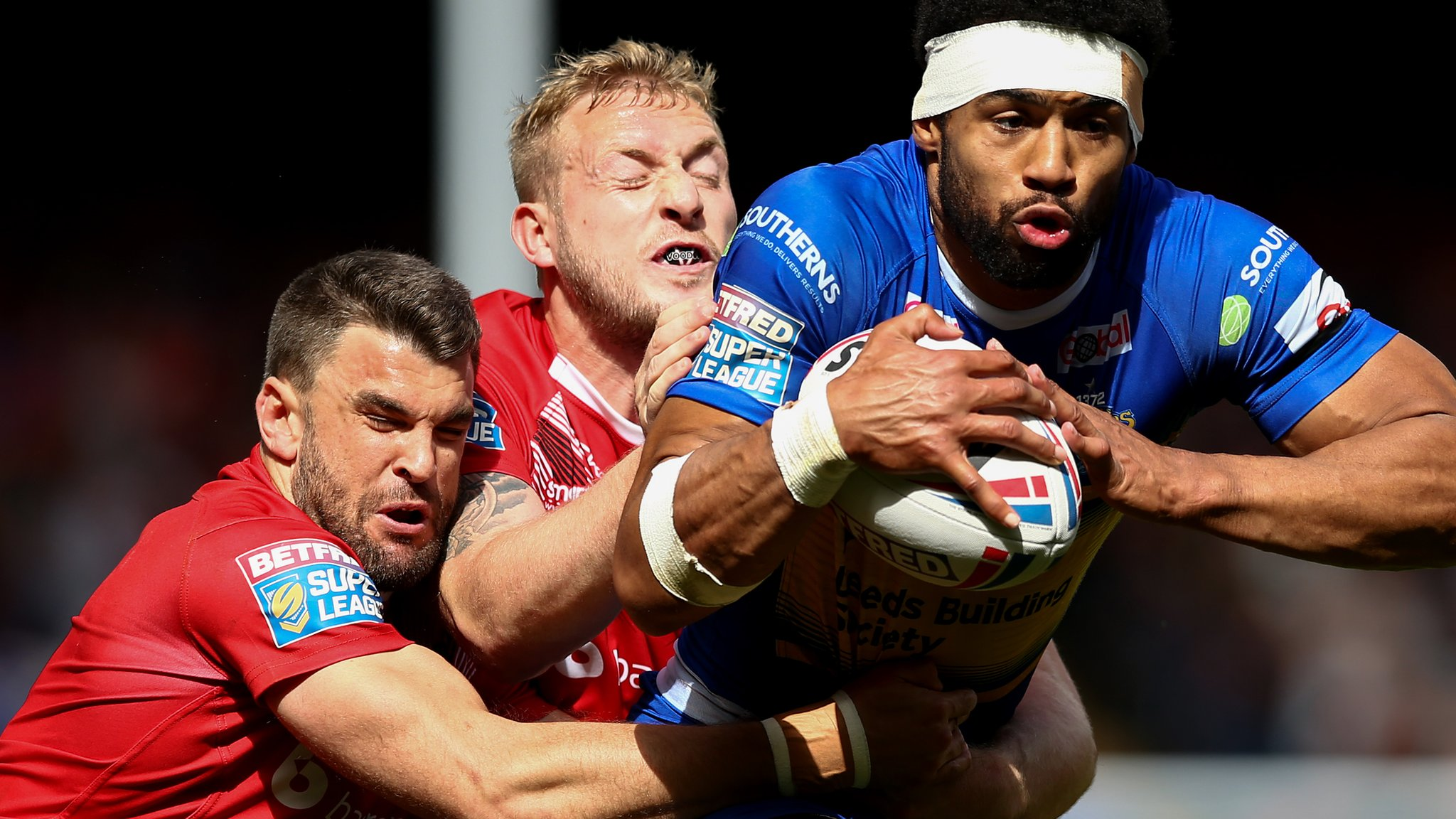 Super League: Leeds Rhinos 24-22 London Broncos