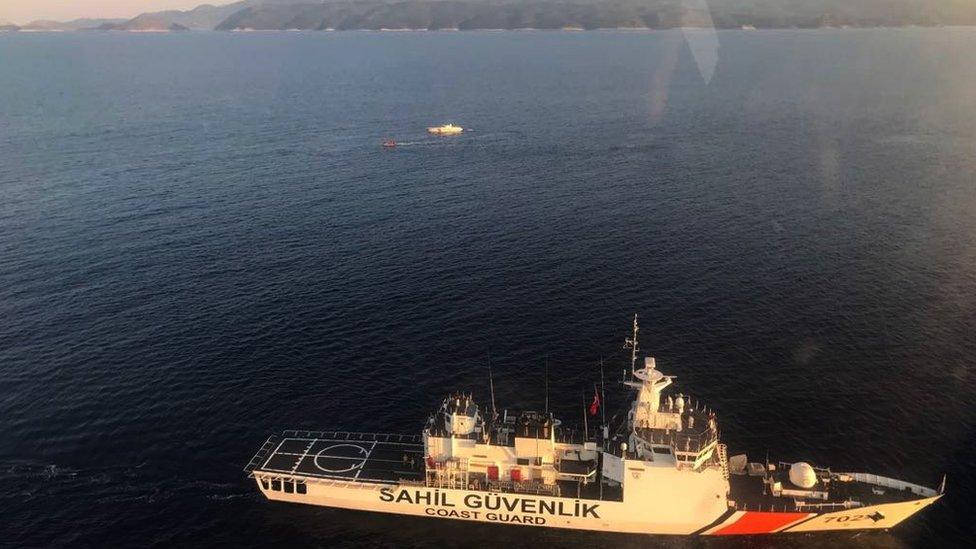 غرق تسعة مهاجرين سوريين، من بينهم ستة أطفال غرقوا قبالة سواحل أنطاليا التركية