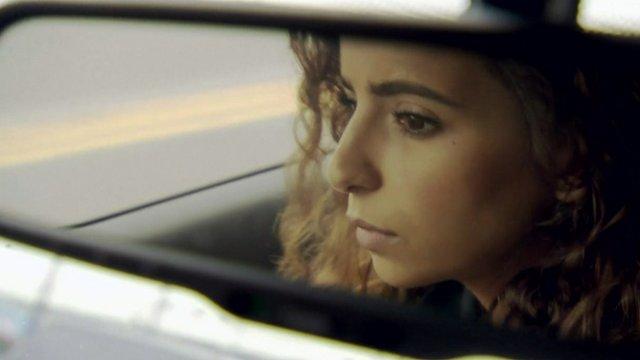 Rotana Tarabzouni is a Saudi born singer now studying in the US