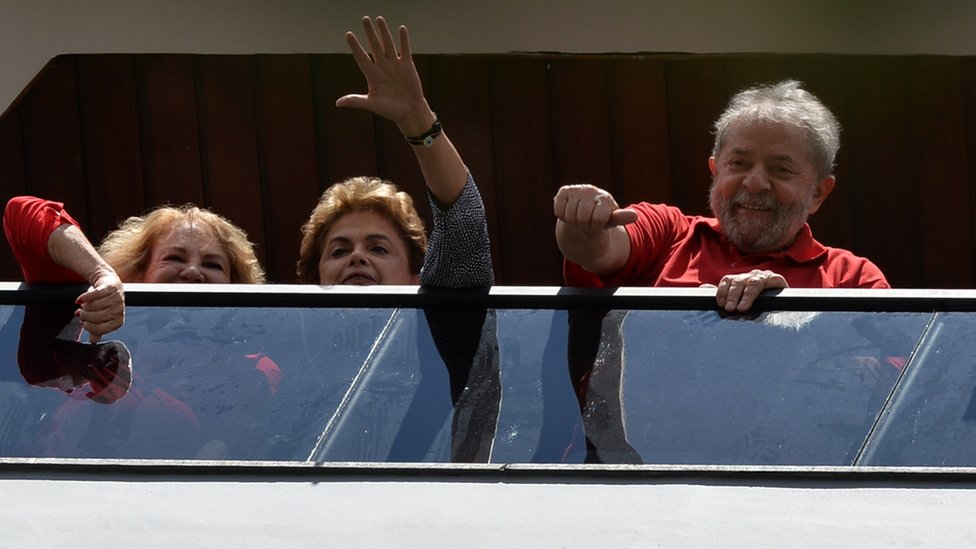 Brazilian President Dilma Rousseff showing support for ex-president Lula