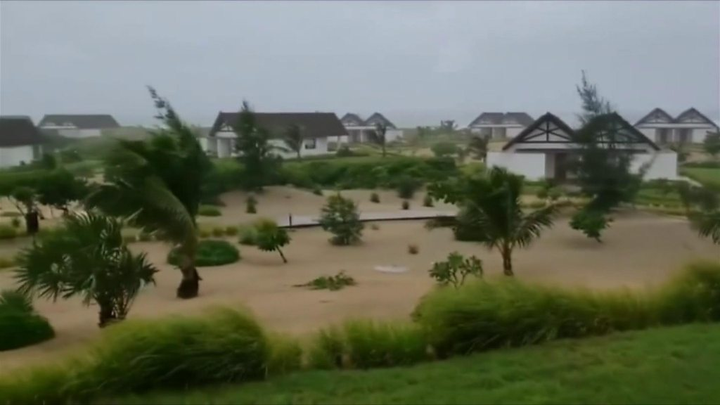 Cyclone Kenneth lashes northern Mozambique