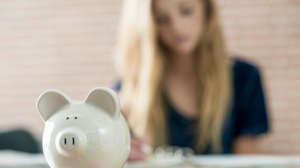 Students risk overdraft debt spiral