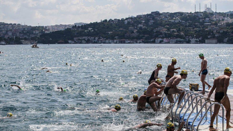 Plivaači stižu na cilj