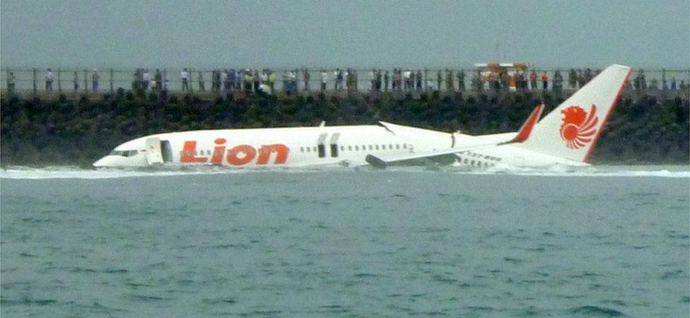 Lion Air Crash Boeing 737 Plane Crashes In Sea Off Jakarta Bbc News