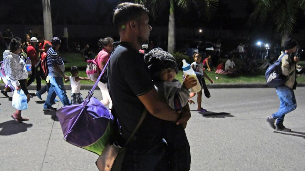Inmigrante con un bebés
