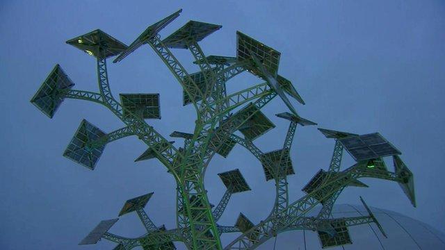 'Solar tree' in Millenium Square, Bristol