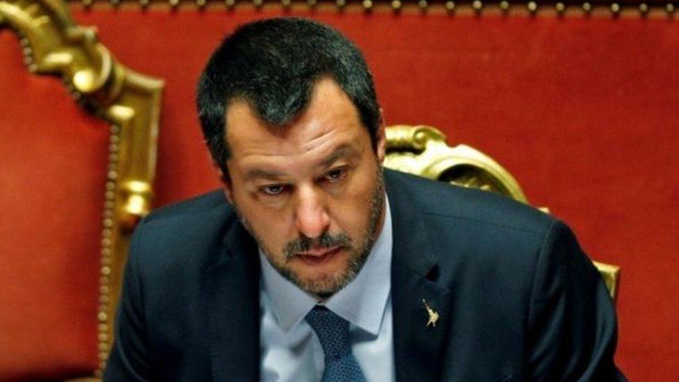 وزير داخلية إيطاليا