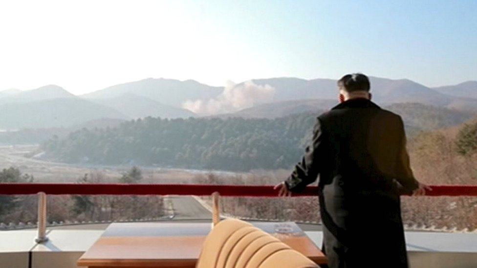 Kim Jong-un watches the rocket launch on 7 February 2016
