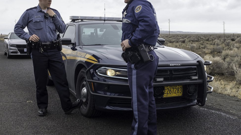 شرطة ولاية أوريغون حصلت على تصريح بالبحث عن أعضاء مجلس الشيوخ.