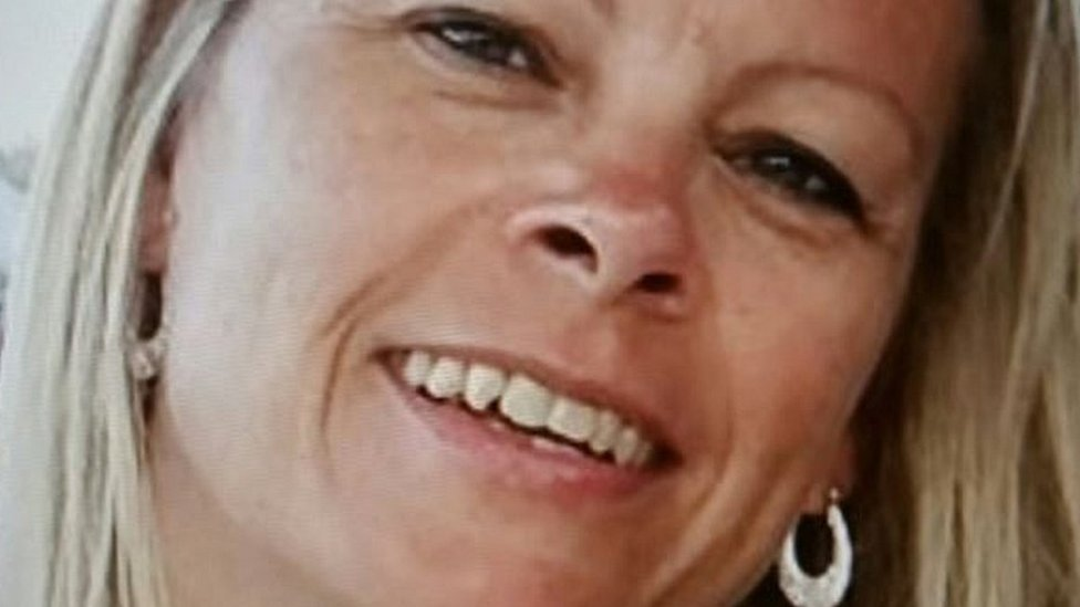 Tina Cantello murder: Debt collector had 30 stab wounds