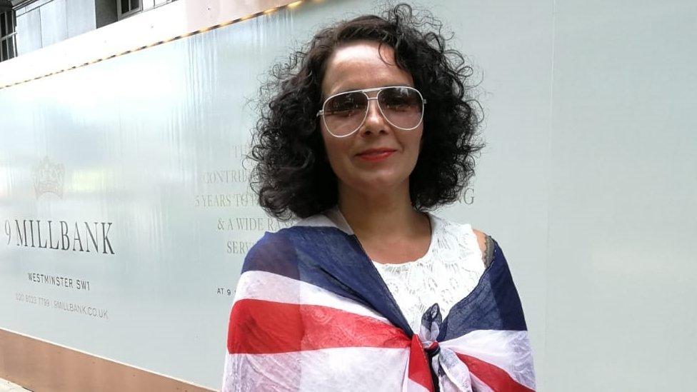 Shazia Hobbs