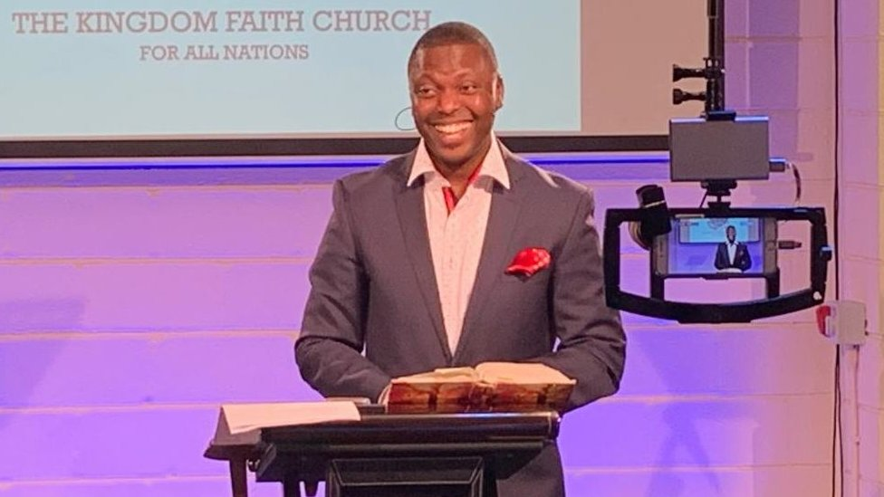 UK Police Apologize to Pastor After Storming Church While He Was Holding Virtual Service