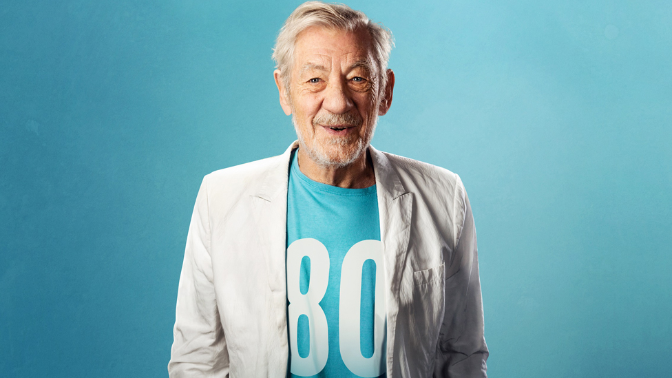 Sir Ian McKellen stages free show for 80 octogenarians
