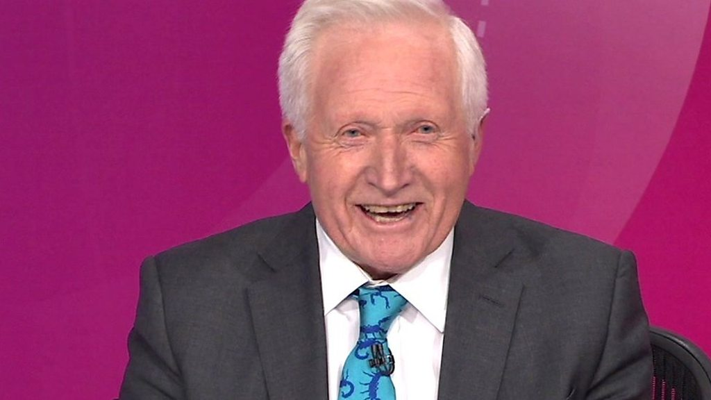 David Dimbleby gets standing ovation for final Question Time