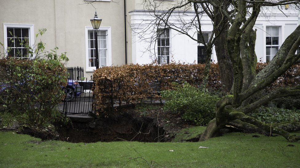 Christmas Day sinkhole closes part of Clifton road thumbnail