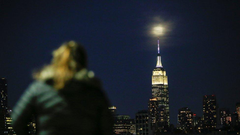 super mesec u njujorku