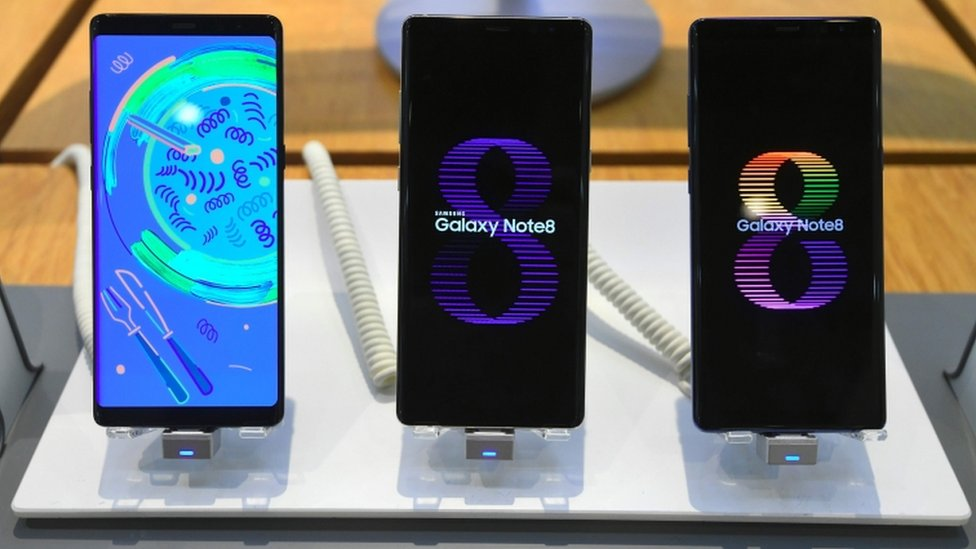 Samsung Galaxy Note 8s on display at company show room
