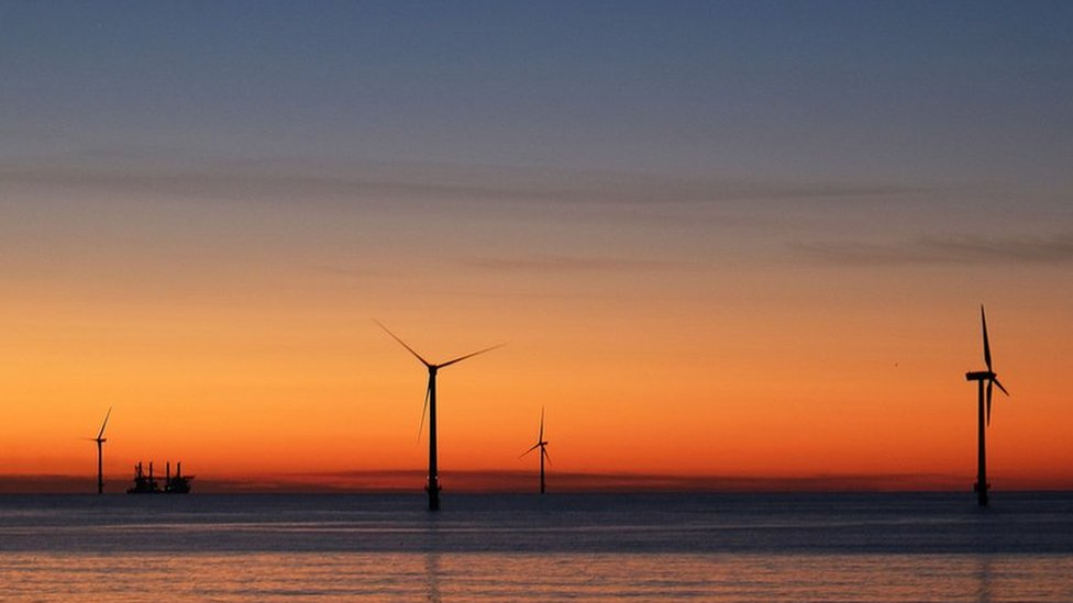 Crown Estate plans 'new generation' of offshore wind power